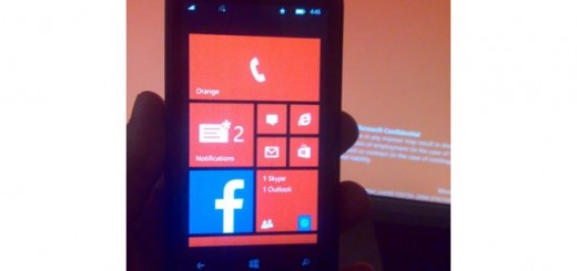 Microsoft is testing the features Live Tiles and Notification Center that will be supported in Windows Phone 8.1 Blue