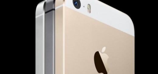 Negri Electronics offers iPhone 5C and iPhone 5S listed for pre-orders.