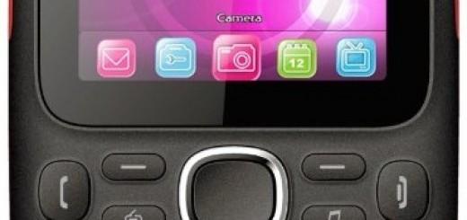 display and keyboard of the BLU Samba W