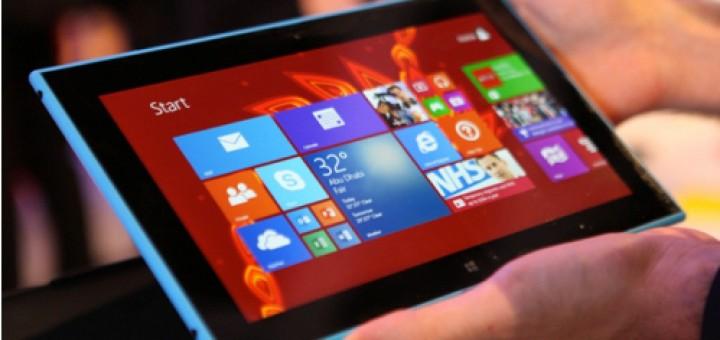 Nokia Lumia 2520 sports sleek design with ergonomic shape and 10.1-inches full HD display