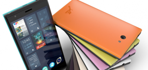 Jolla phone arrives in Europe